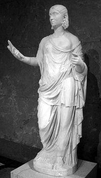 woman_statue.jpg